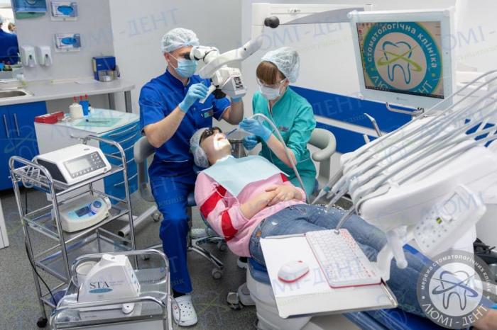 лучшие стоматологические клиники фото ЛюмиДент