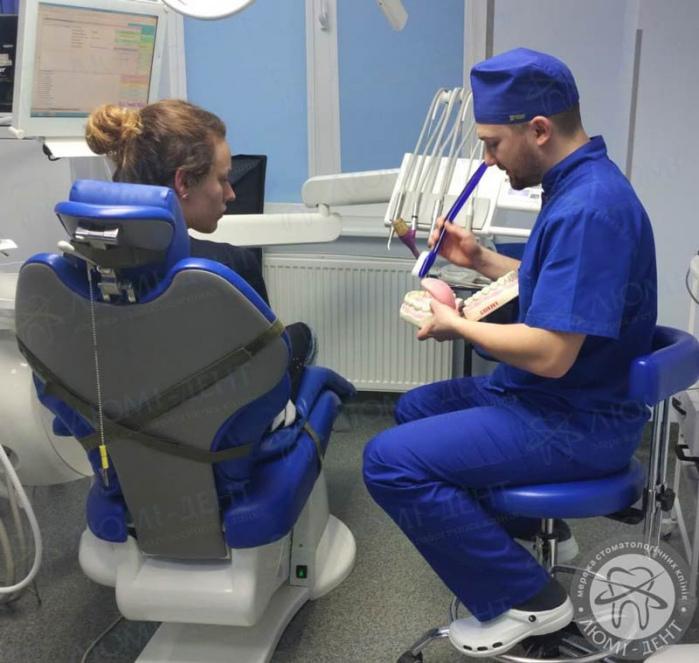 зубні щітки електричні фото ЛюміДент