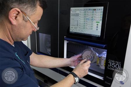Цифровая зуботехническая лаборатория Киев фото люмидент