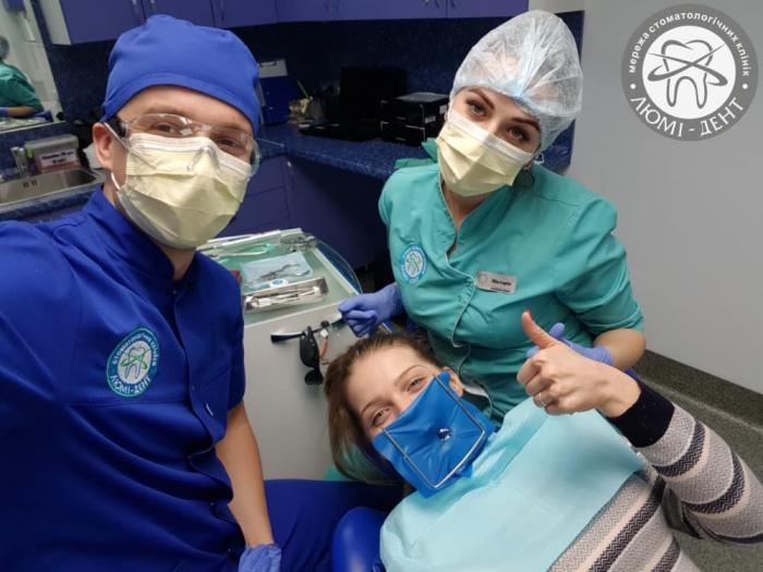 лечение зубов при беременности фото Киев ЛюмиДент