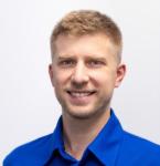 Зубной хирург стоматолог в Киеве Павлюченко Евгений Юрьевич