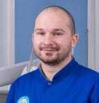 Маслов Максим Олександрович - стоматологія Люмі-Дент