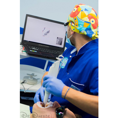Врач стоматолог ортопед фото Днестранский В. И. Киев Люми-Дент