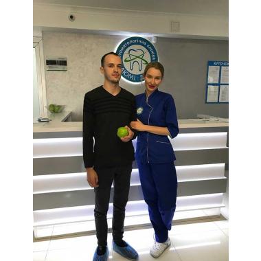 Лещук Елена Александровна Врач хирург-имплантолог Киев Люми-Дент