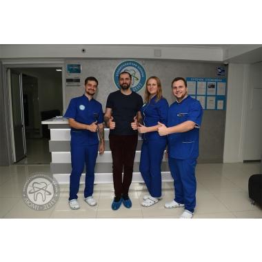 Фото с врачом анестезиологом Рябой Н.С. Киев Люми-Дент