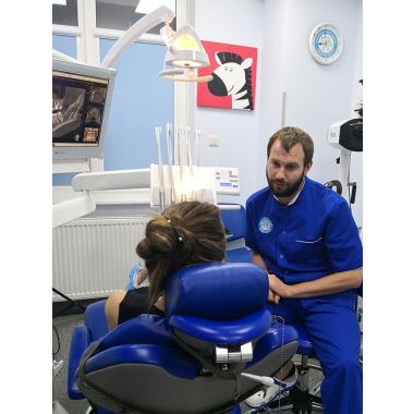 Горин Дмитрий Васильевич Врач стоматолог-ортопед Киев Люми-Дент