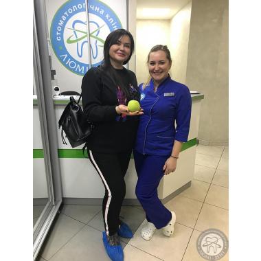 Шаповалова Ирина стоматолог Люми-Дент Киев