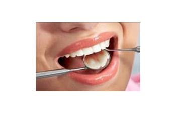 Реставрація нарощування зубів Київ фото Люмі-Дент